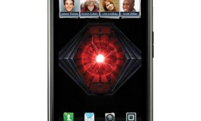 CES-2012-Motorola-RAZR-MAXX-Announced-Claims-World-s-Longest-Lasting-Smartphone-Title-2
