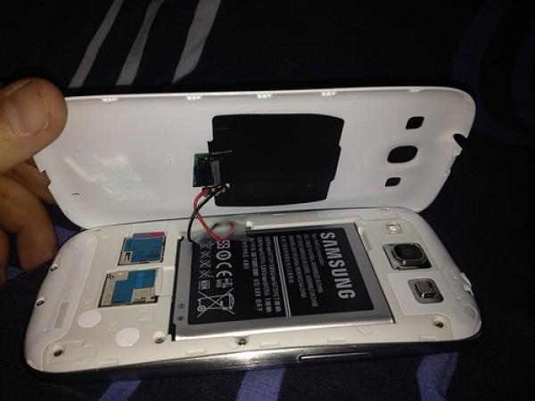 Galaxy_s3_wireless_charging