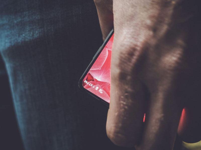 Andy Rubin Essantial Smartphone Leak