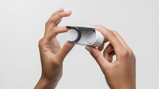 Microsoft Surface Earbuds Finger Holding Case