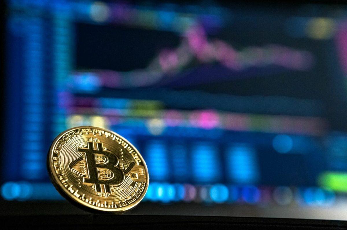 Bitcoin Trading Head