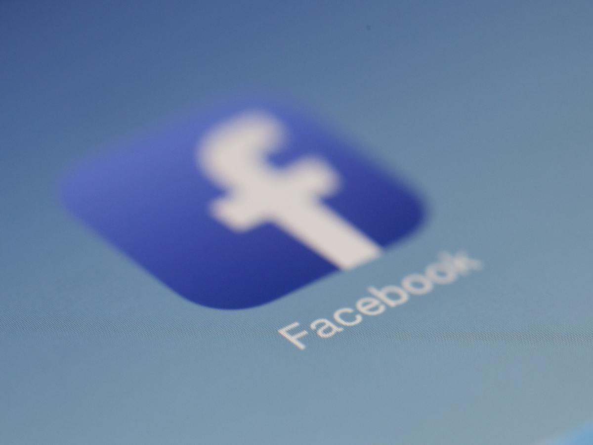 Facebook Header Pexels Pixabay 267399