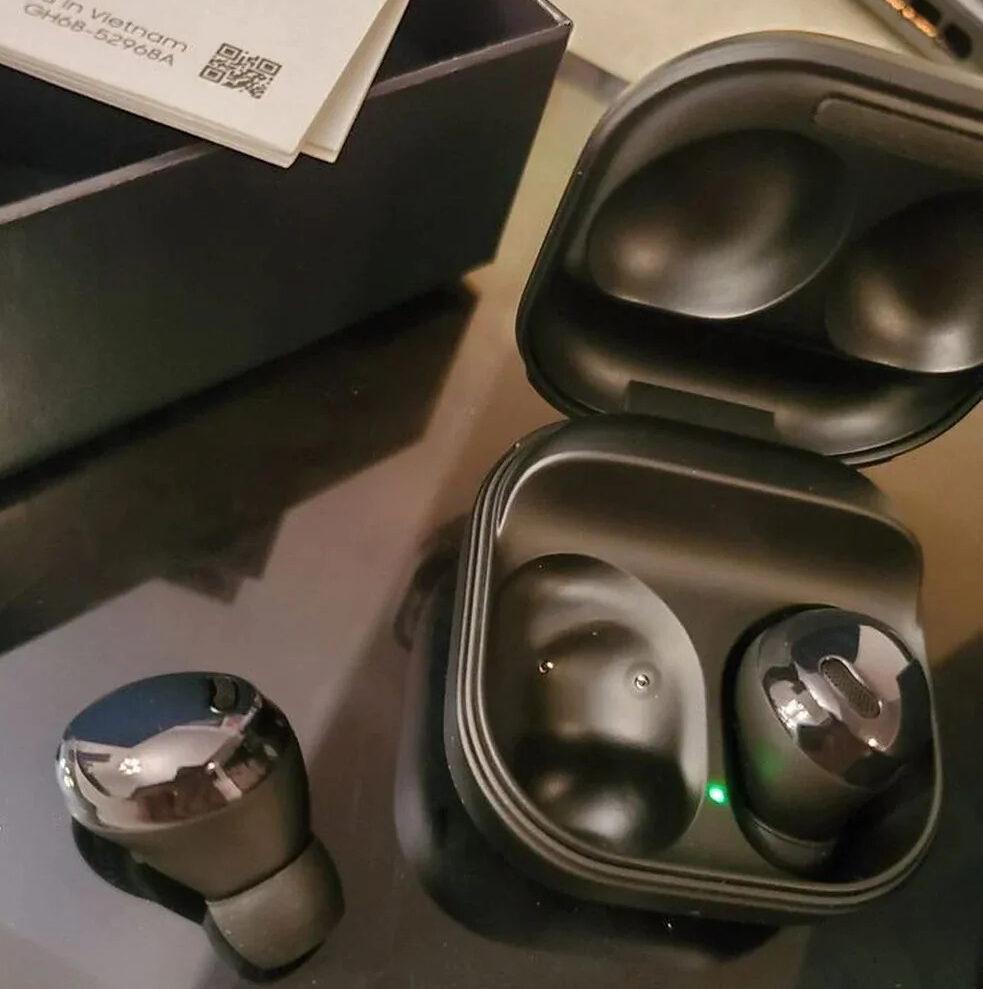 Galaxy Buds Pro Hands On Leak 4