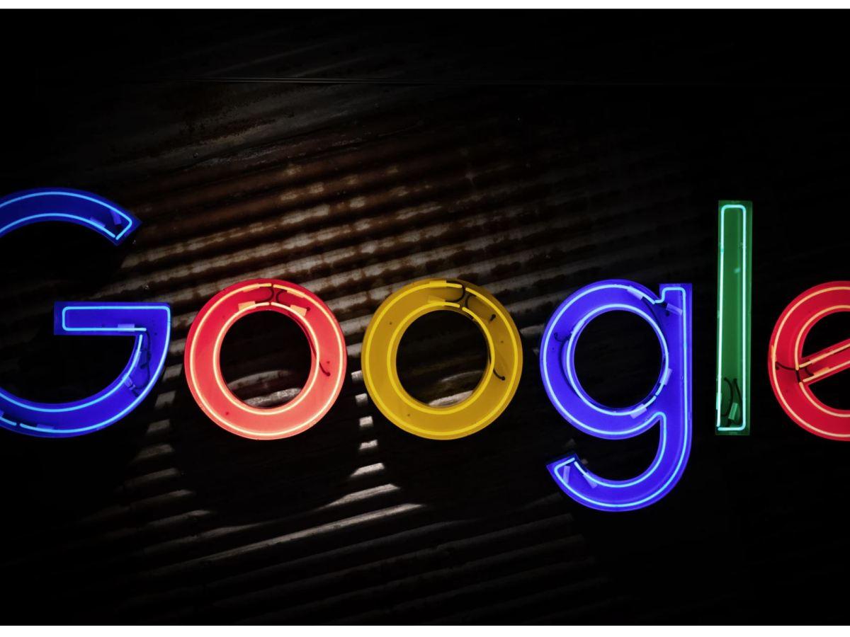 Google Logo Head