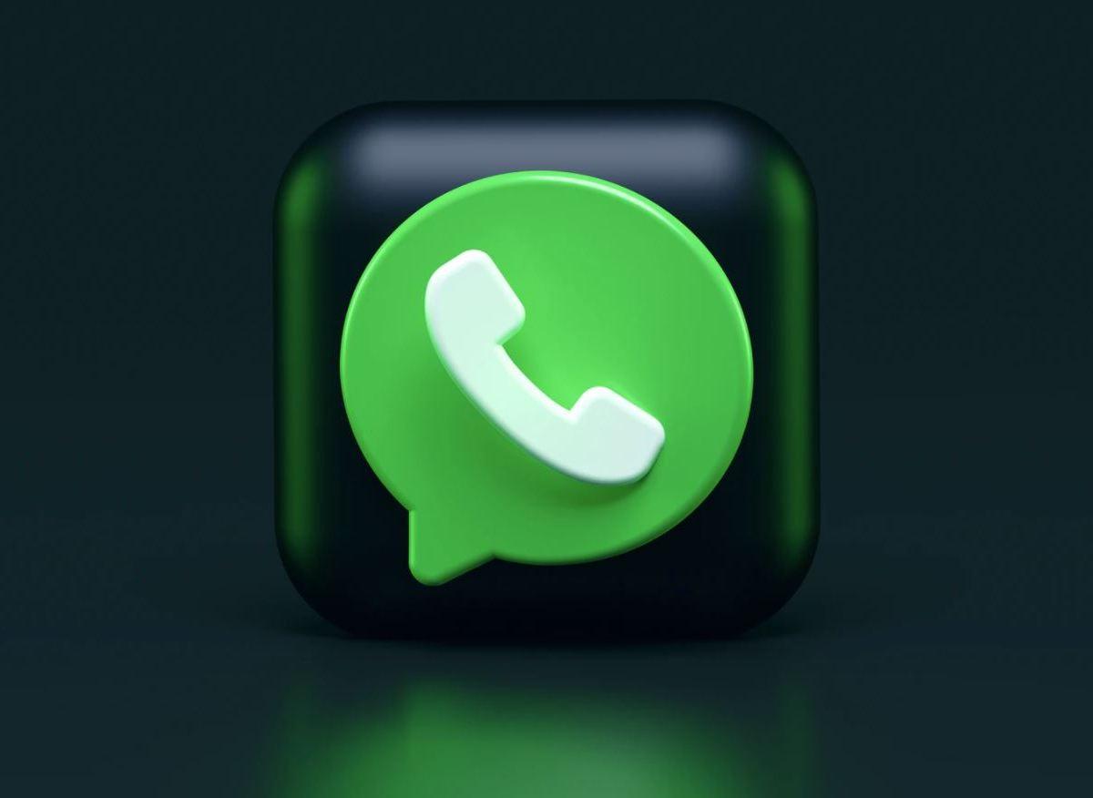 Whatsapp Head