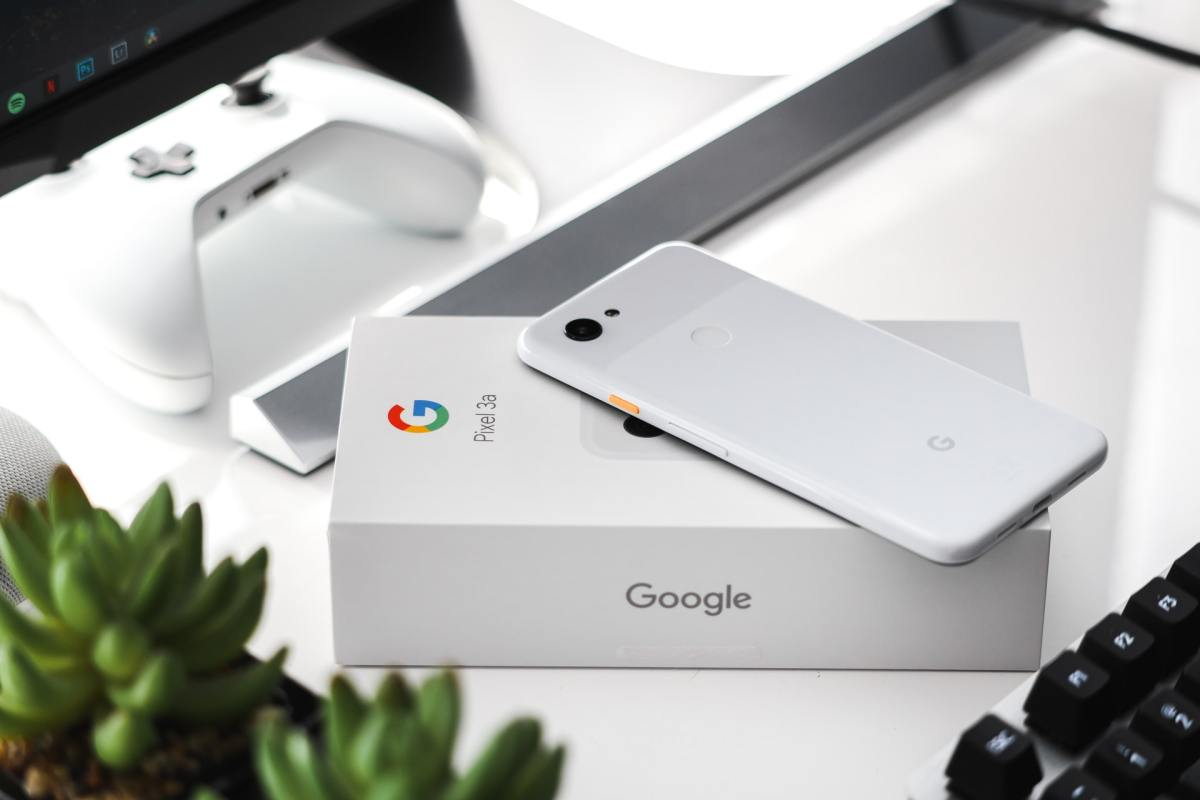 Google Pixel 3 by Sebastian Bednarek Bbuxnokl2uk Unsplash