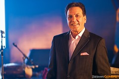 javed shaikh Pakistani celebrity who chose business abroad
