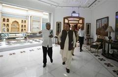 Luxurious Life Net Worth of Nawaz Sharif
