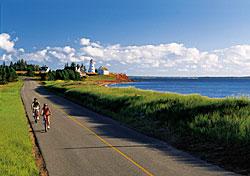 Avoid peak Memorial Day travel with Canadian getaways