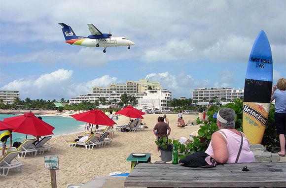 Sunset Beach Bar & Grill, St. Maarten