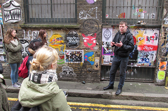 City Tour Led by Homeless Guide, London, England