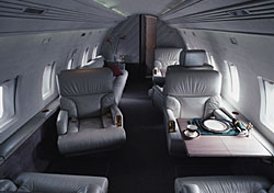 Five Easy Ways to Fly First Class … Without Paying for It