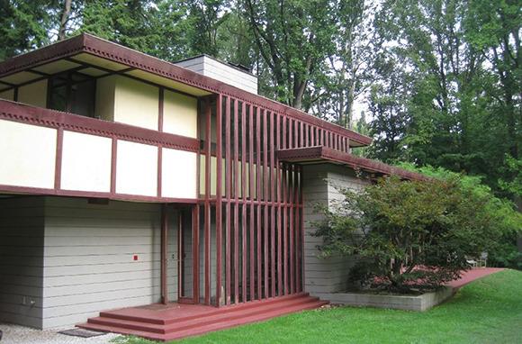 A Frank Lloyd Wright-Designed House for $55 Per Person, Per Night