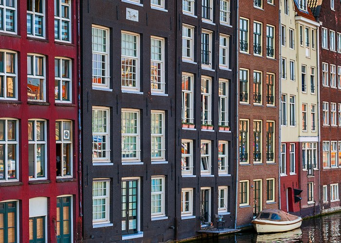 Amsterdam and Paris: 6-Night Vacations from $789