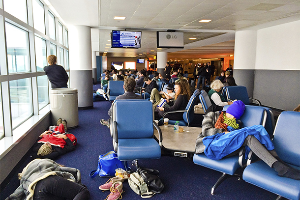 9 Ways to Survive Holiday Travel