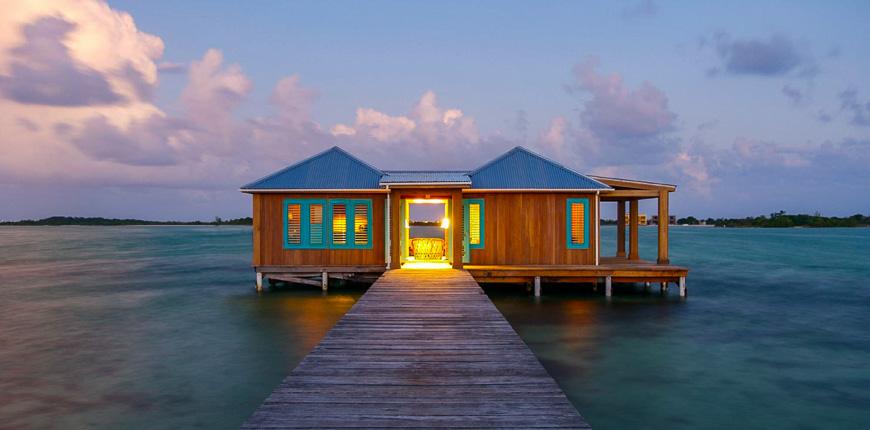 overwater bungalow cayo espanto