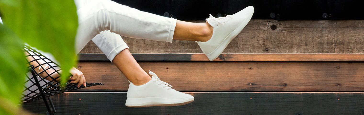 best lightweight sneakers for travel
