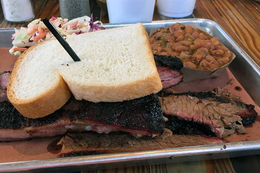 bbq sandwich at the pit room houston.