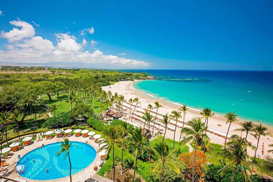 Mauna Kea Beach Hotel pool and beach view