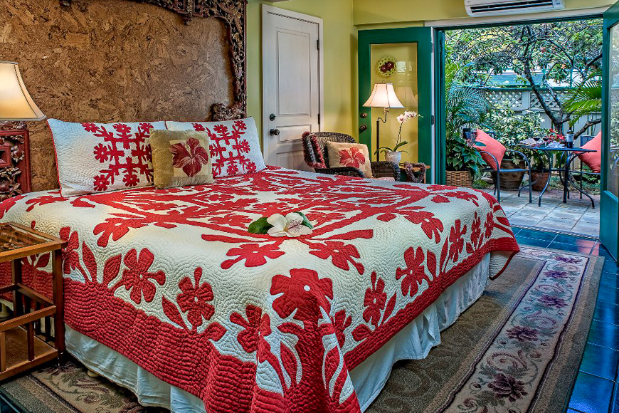Old Wailuku Inn at Ulupono guest room