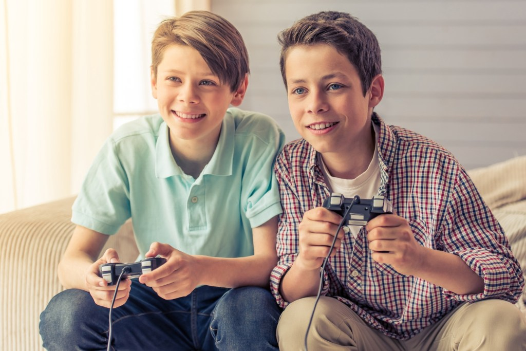 10 year old boys playing video games