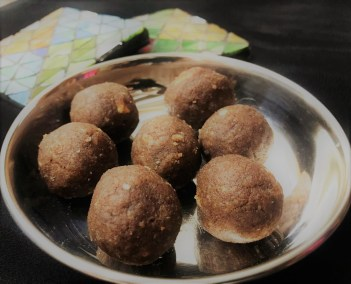 Sugar-less Finger Millet Laddu