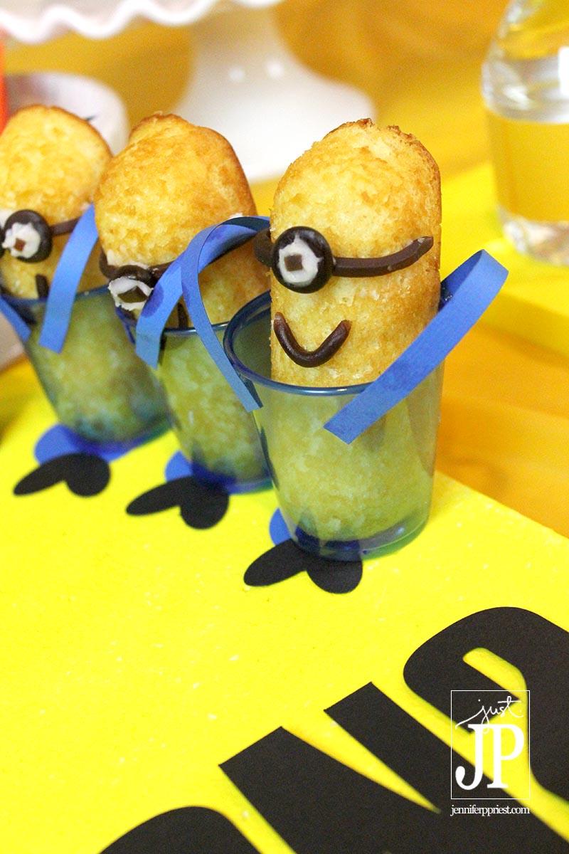 Minions Twinkies on Smoothfoam Platform with Sizzix eclips2 Die Cuts JPriest WM