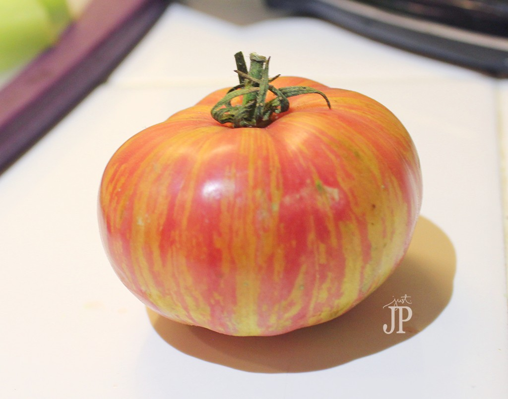 Heirloom-Tomato-from-Farm-Fresh-To-You