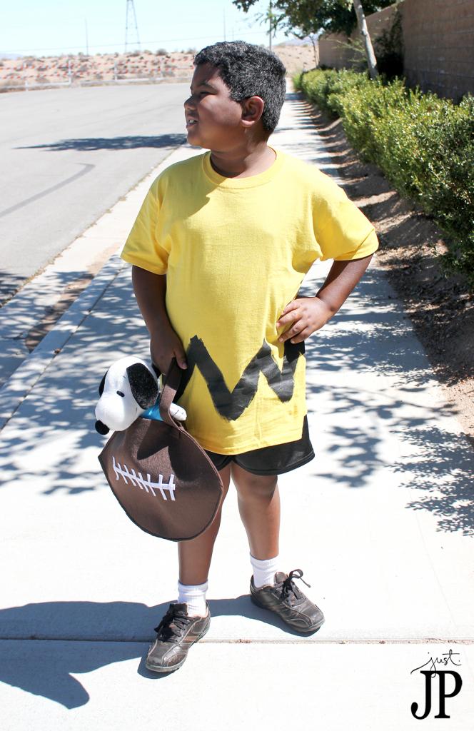 Charlie-Brown-Costume-with-FootBall-Treat-Bag-JPriest-2