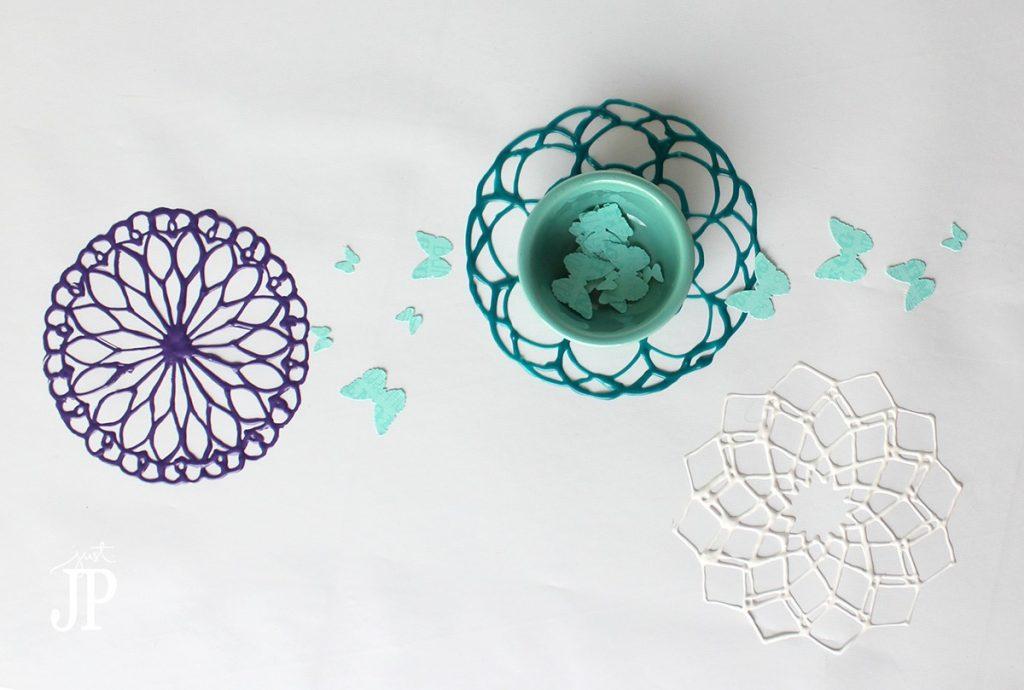 Easy-DIY-Puffy-Paint-Doilies-JPriest