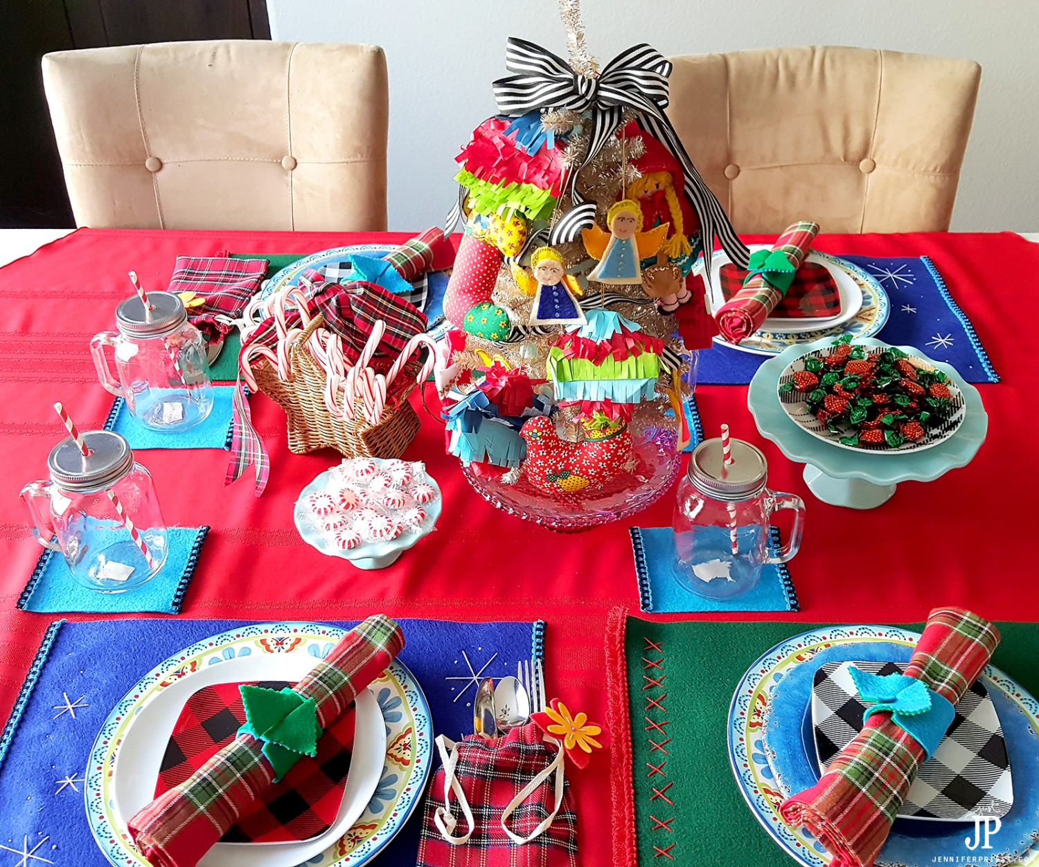 DIY-Christmas-Table-Scape-inspired-by-Lainto-Culture-Blended-with-White-Culture-JPriest