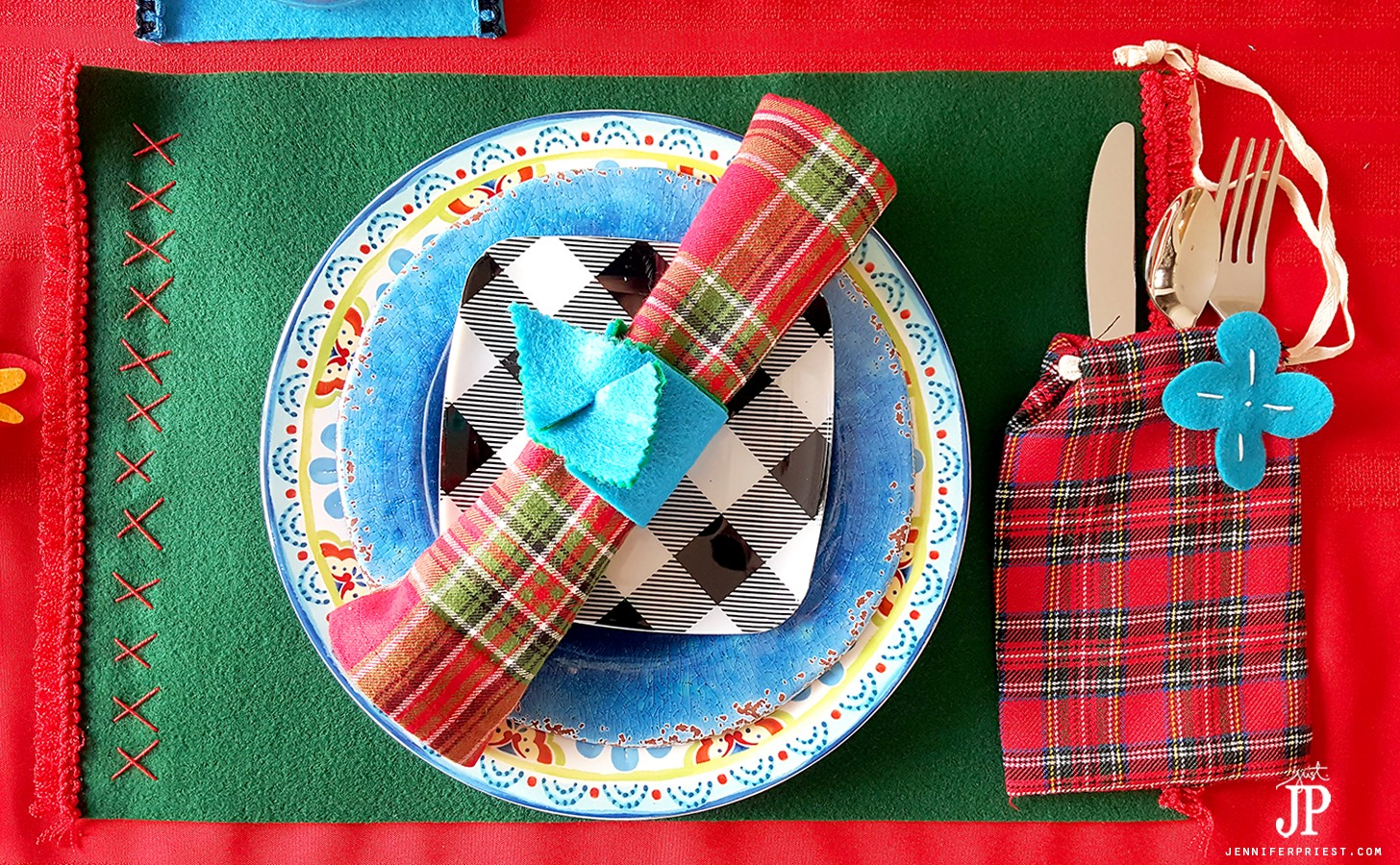 DIY-Place-Setting-with-felt-placemats-PLAID-napkins-JPriest