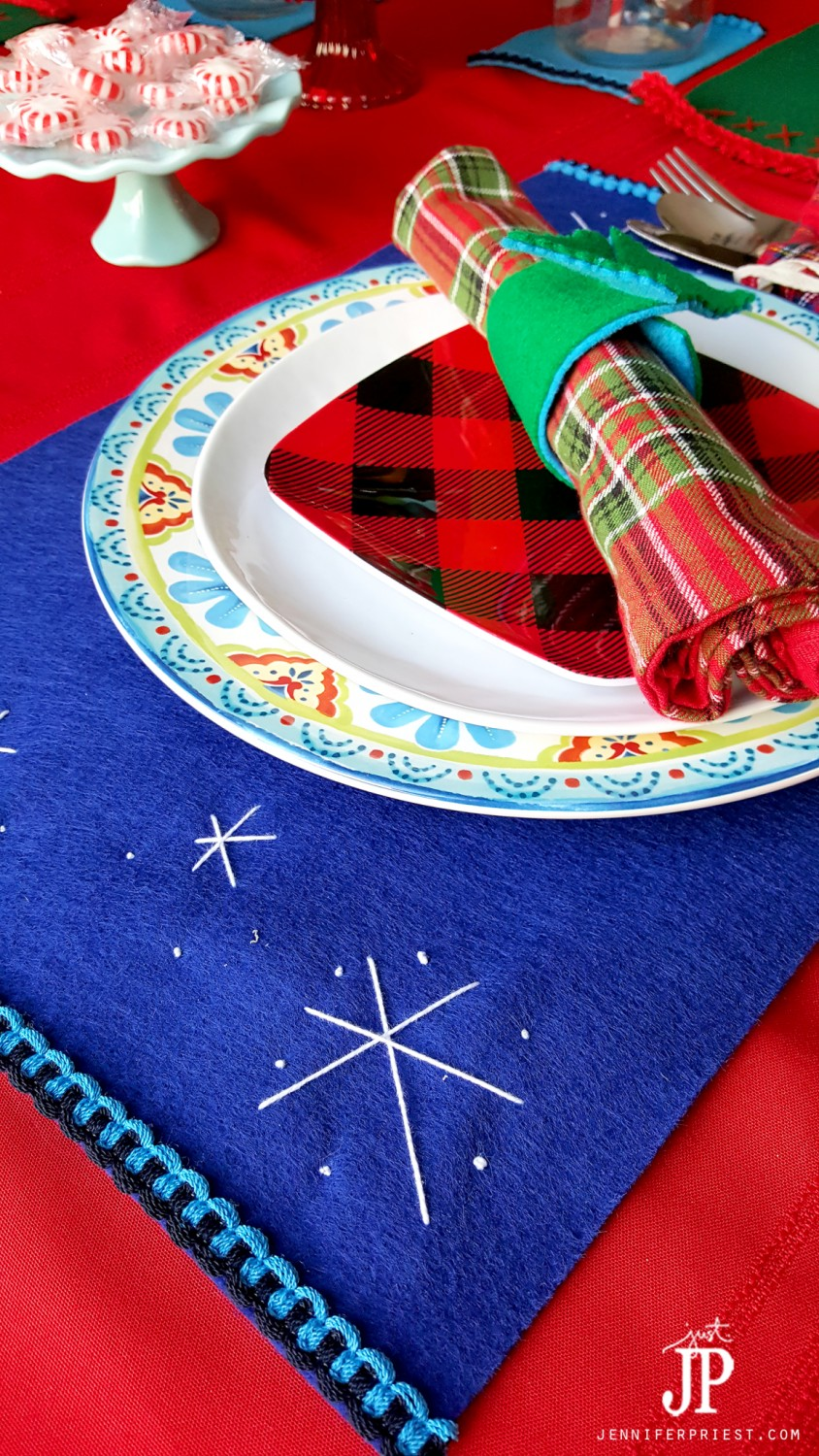 Easy-No-Sew-Felt-Placemats