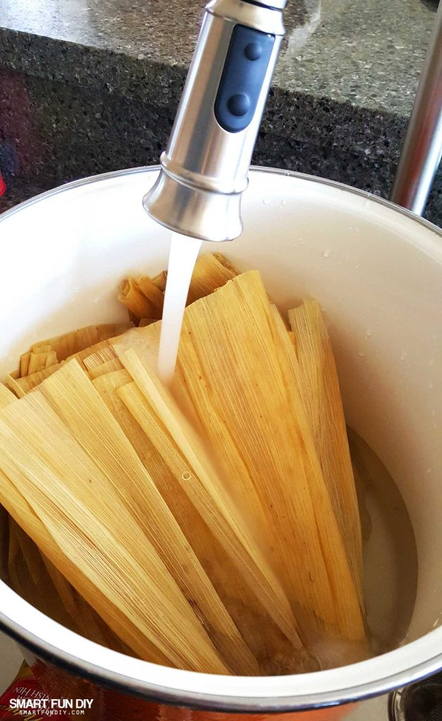 EASY Chicken Tamales Recipe and Pork Tamales Recipe for Las Posadas - homemade tamales are easier to make than they seem - follow this VIDEO tutorial to see how to make tamales for #LasPosadas #SmartFunDIY #MisPosadas #Tamales #PorkTamales #tamale #tamalesrecipe