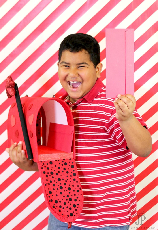 DIY-Classroom-Valentines-Mailbox-by-Jennifer-Priest-Matthews-Crafts