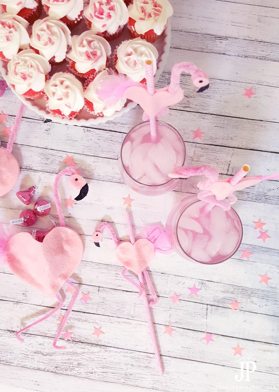 DIY-Flamingo-Party-Decor-Straws-JustJP