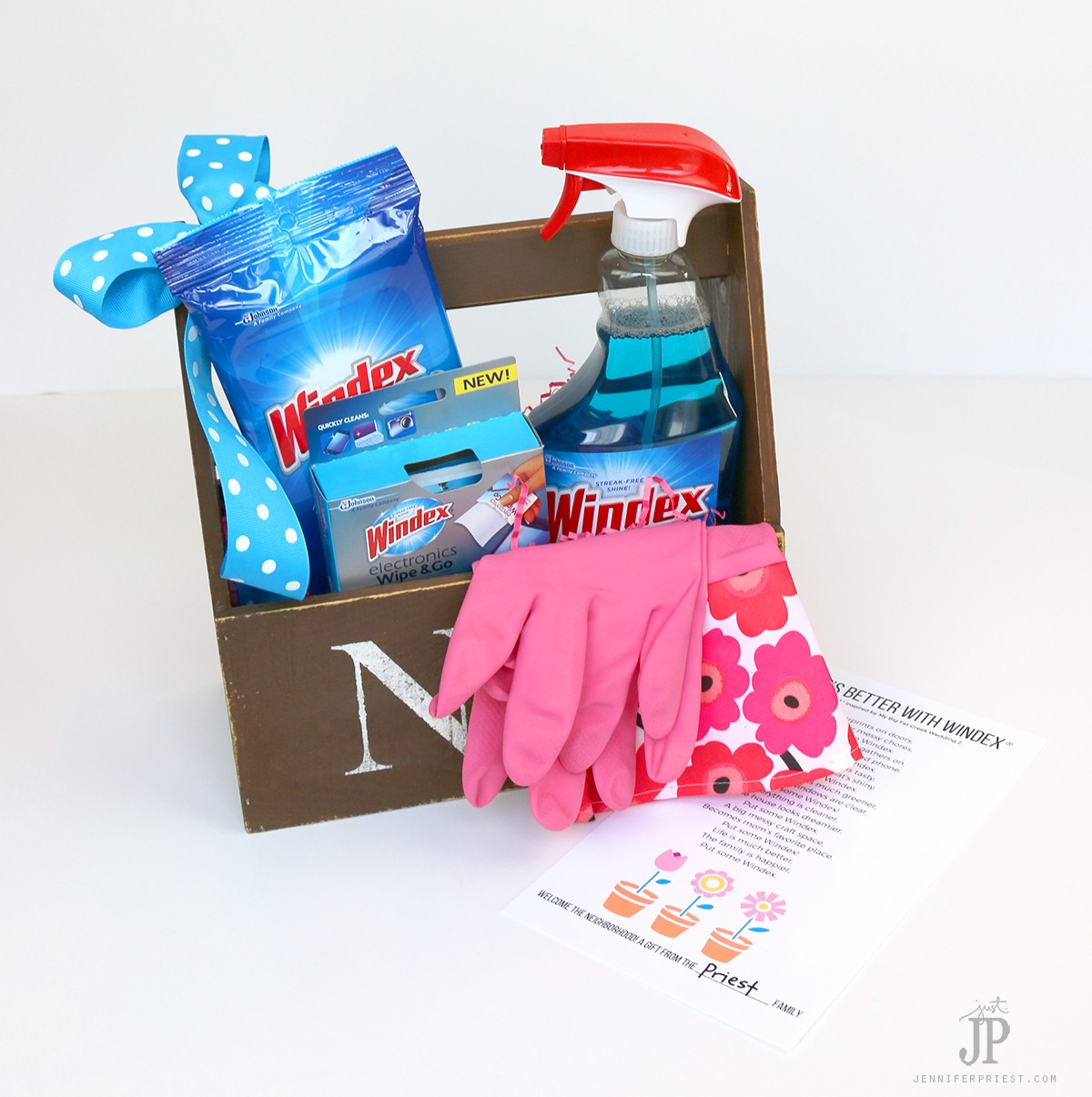 DIY-Housewarming-gift-with-poem-Windex-Jenniferppriest