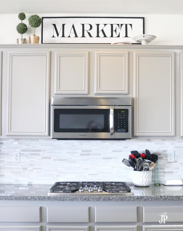 DIY-Vintage-Farmhouse-MARKET-Sign-by-Jennifer-Priest-2