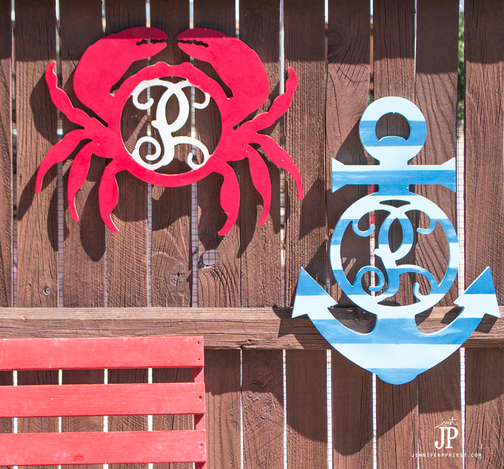 Crab-and-Anchor-Fence-Decoration-Jennifer-Priest