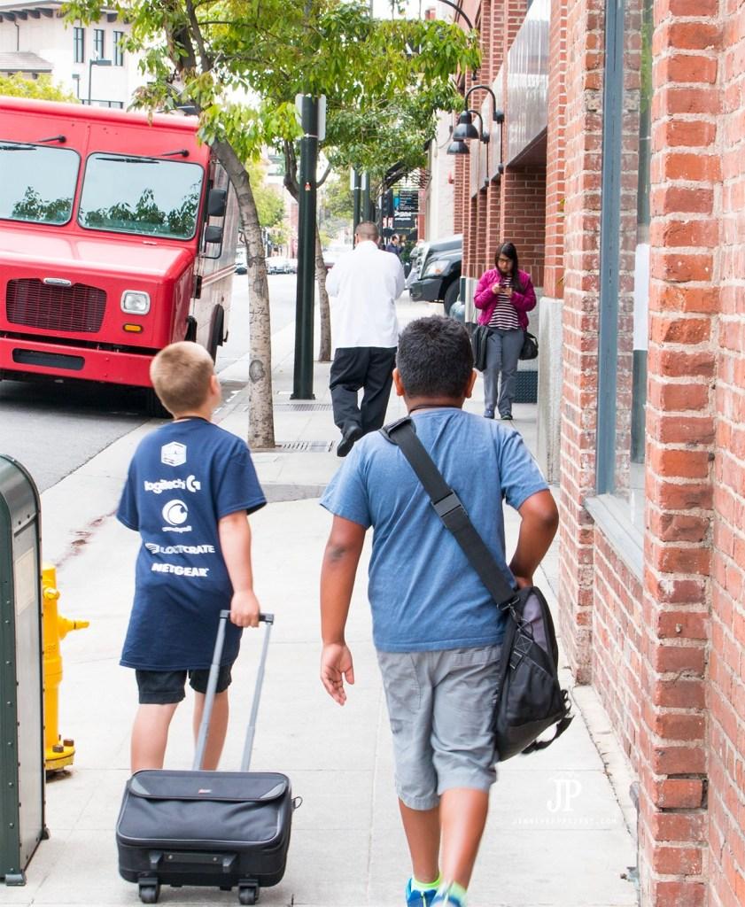 Walking-to-iPic-Pasadena-for-Minecraft-Super-League-jenniferppriest