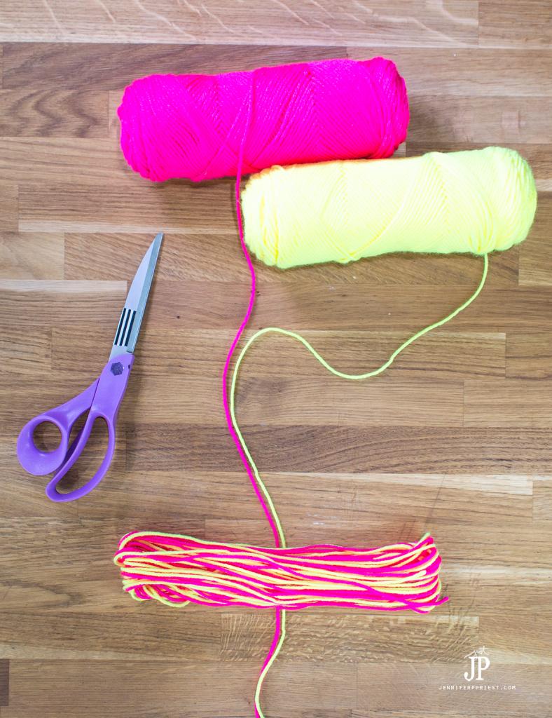 5---How-to-make-a-Yarn-Tassel-jenniferppriest