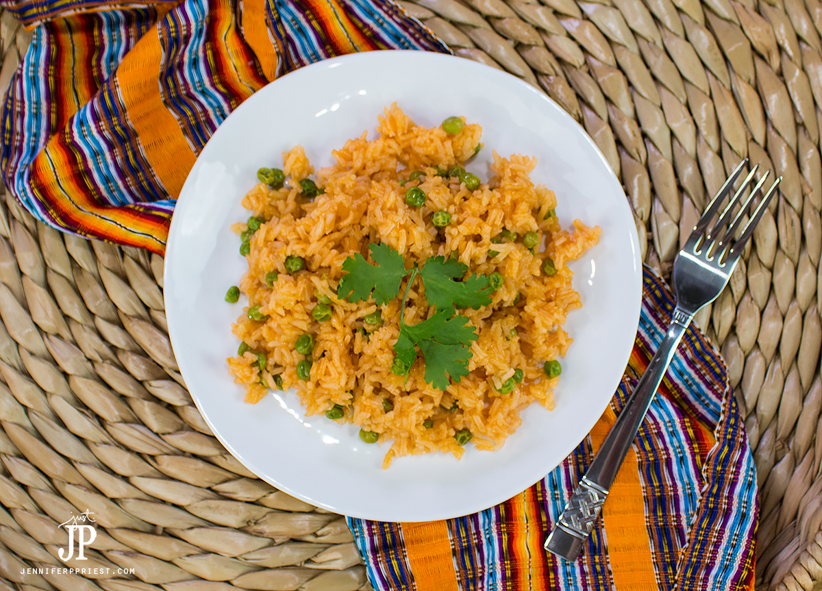 Make your spanish rice even better! Use Knorr Caldo de Tomate Con Sabor De Pollo to make your summer dishes more flavorful - like this BEST Mexican Rice Recipe at jenniferppriest.com