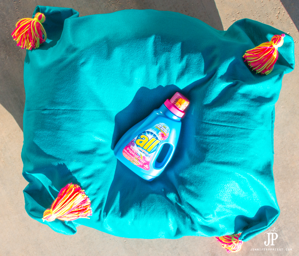 Easy to sew DIY Bean bag Cover that you can WASH!!! PLUS a tutorial for how to make these adorable yard tassels