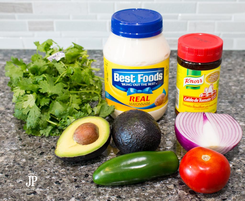 Creamy-Guacamole-Recipe-jenniferppriest