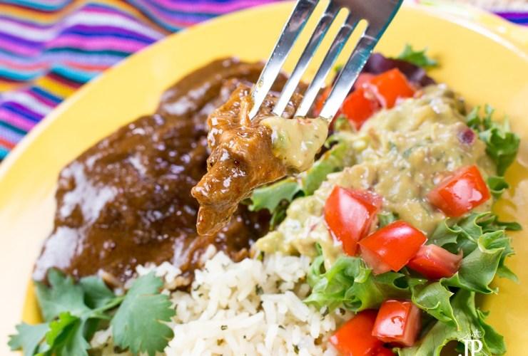 Slow Cooker Chicken Mole Recipe #PruebaElSaborDeKnorr