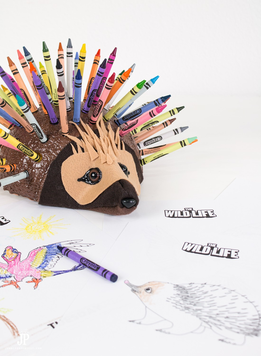 The-Wild-Life-Movie-Coloring-Pages-DIY-Crayon-Holder-jenniferppriest
