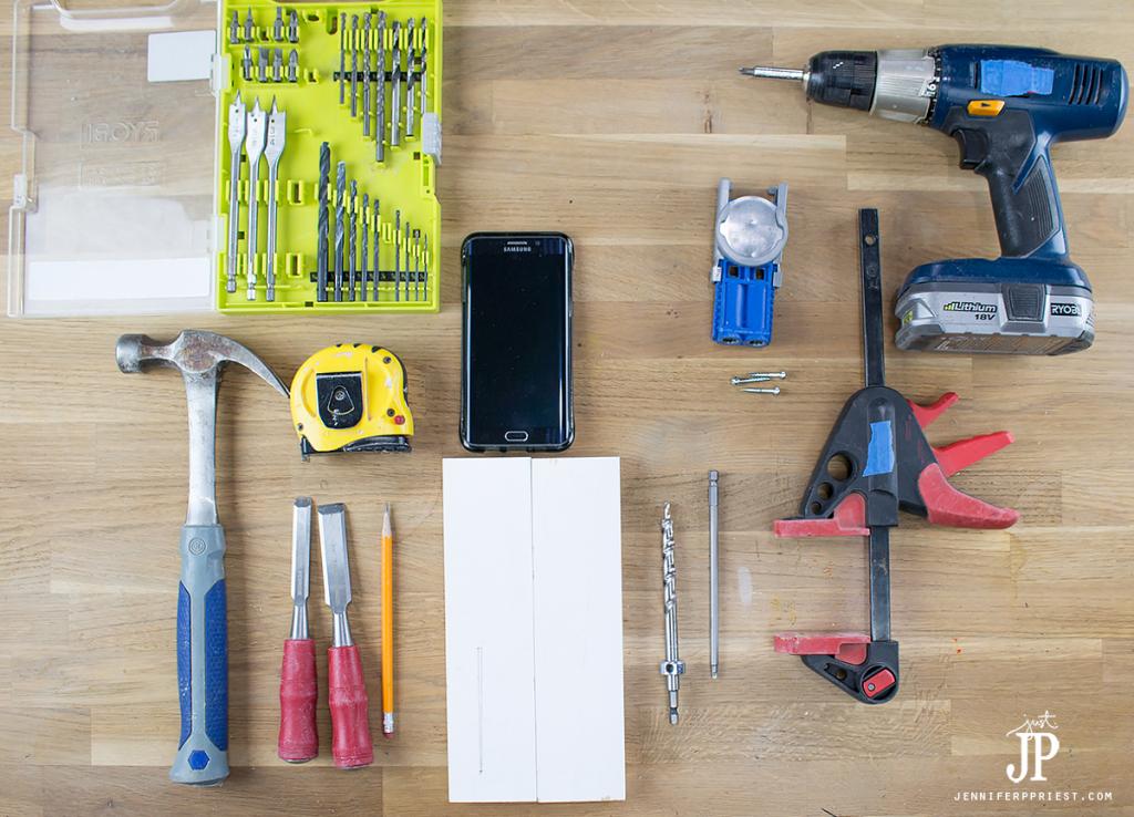 supplies-diy-phone-charging-station-shelf-for-bathroom-jenniferppriest
