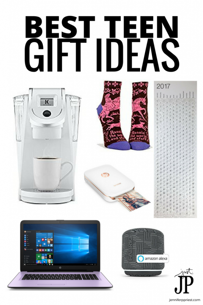 Gift guide for the best teen gifts - the new trend is minimalist living that is easy to pack, practical, and with elegant design. Get the HP 15 Notebook on QVC in exlusive miunt and violet colors. Print photos from anywhere with HP Sprocket 2x3 photo printer. #HPonQVC #HPSprocket [AD]