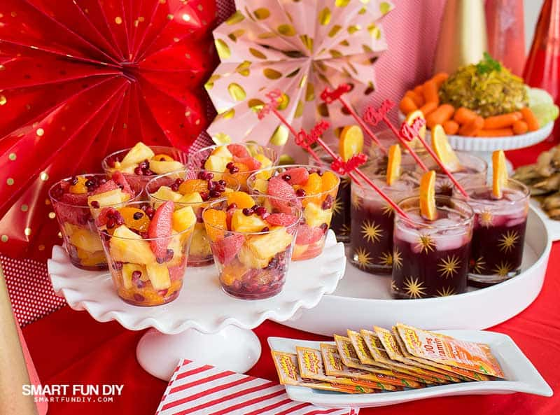 Christmas Party Finger Foods.Healthy Holiday Party And Easy Christmas Party Decor