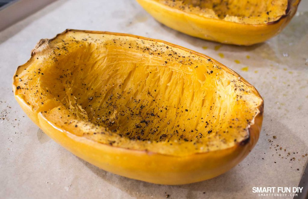 How to make spaghetti squash in the oven #doingthe99 #99YourMothersDay